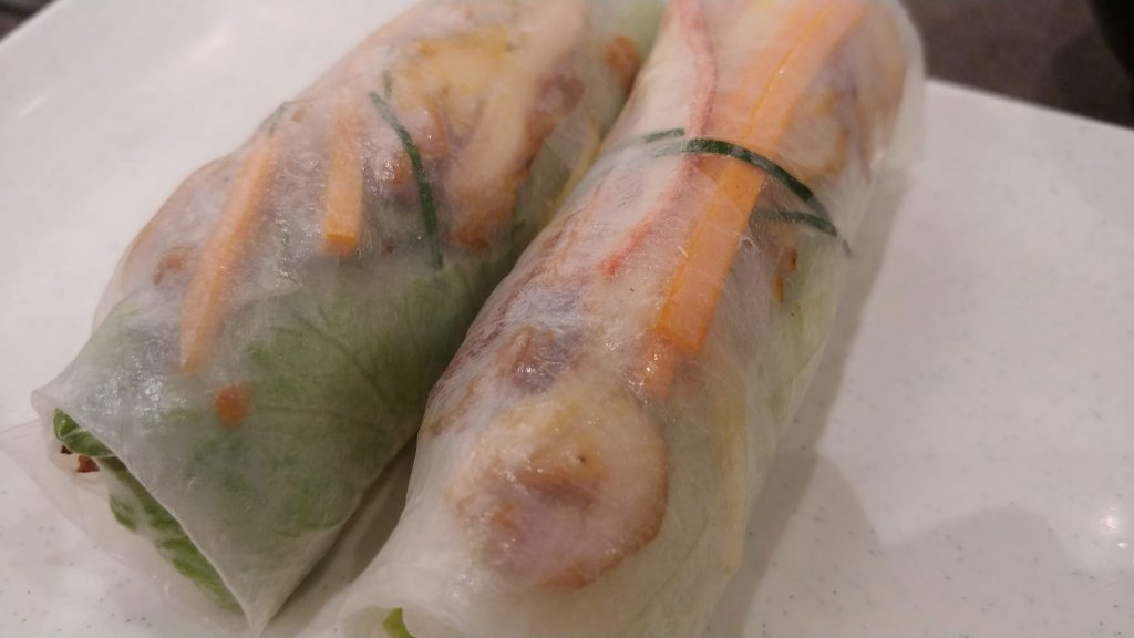 Chicken spring roll di restaurant Wrap&Roll.
